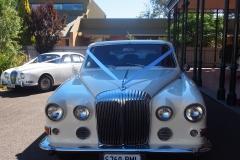 classic-cars-jaguar-daimler-07